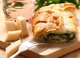 Pizza di sfoglia ricotta parmigiano e spinaci ricettasprint
