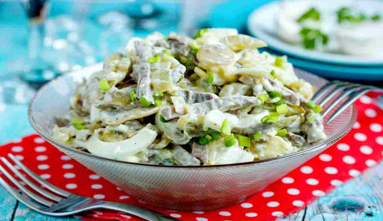 Pollo all'insalata con philadelphia funghi e verdure