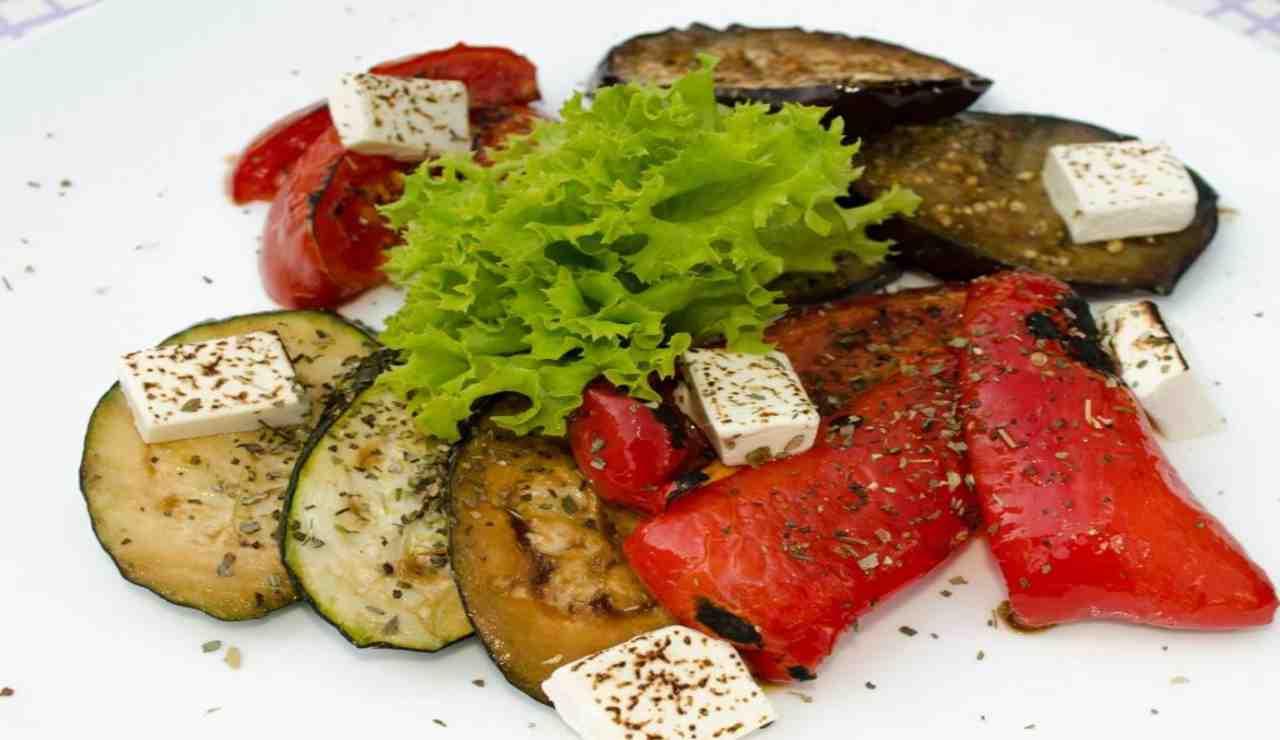 Primo sale con verdure grigliate