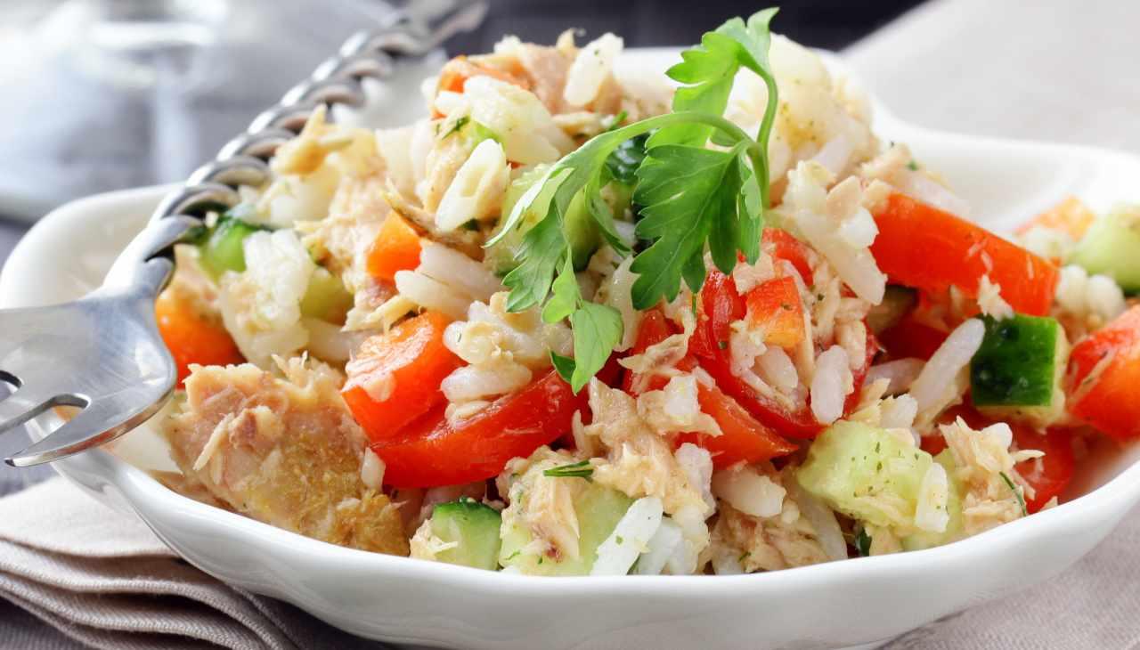 Insalata di riso estiva ricetta riciclo