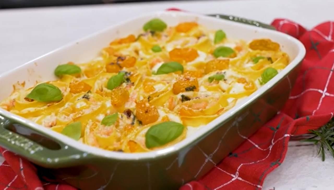 Pasta al forno con pesce e ortaggi. Ricetta di Sonia Peronaci