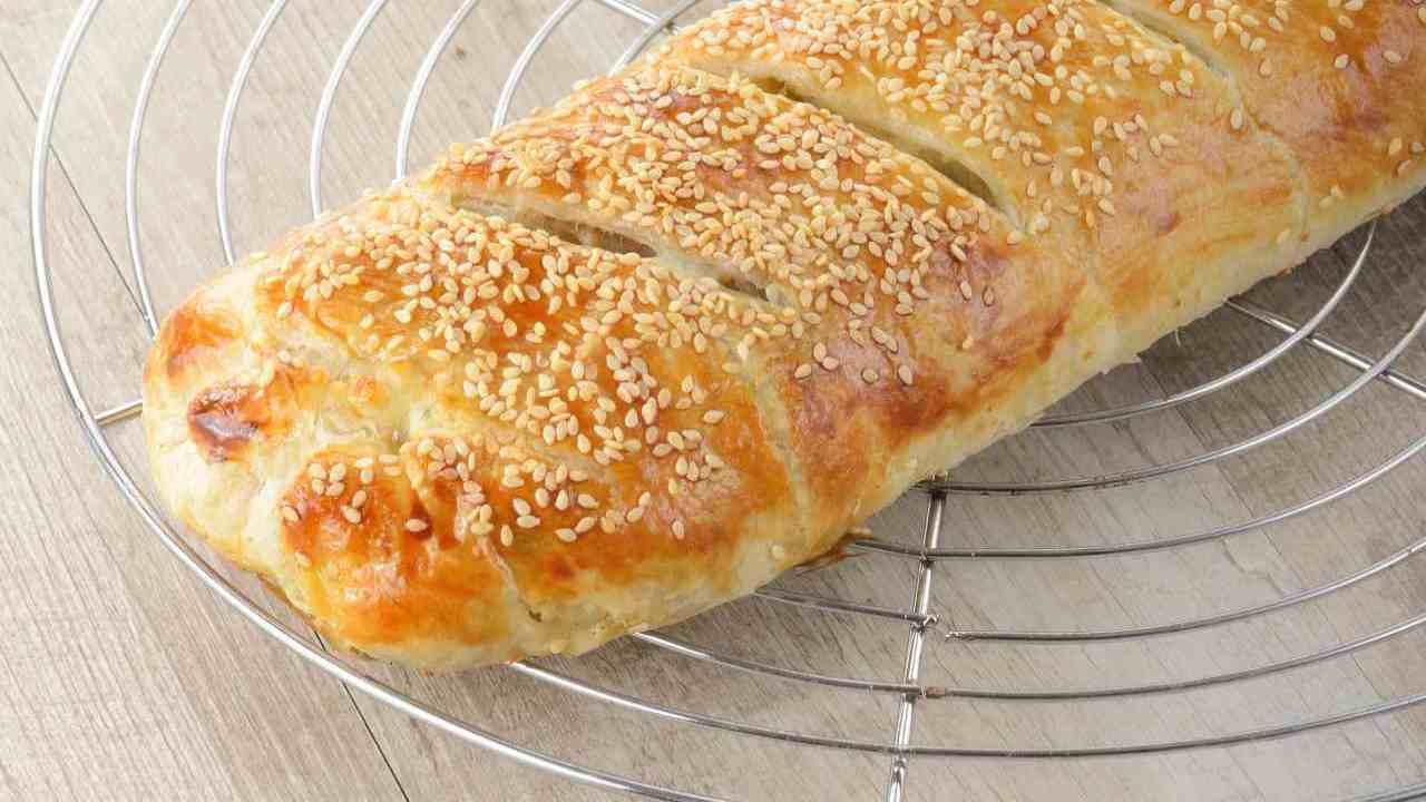 rotolo patate cipolle ricetta FOTO ricettasprint