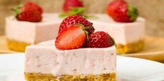 Semifreddo yogurt fragole e mascarpone