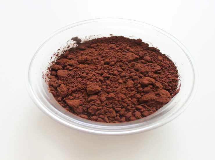 Torta bicolore ripiena alle mandorle FOTO ricettasprint