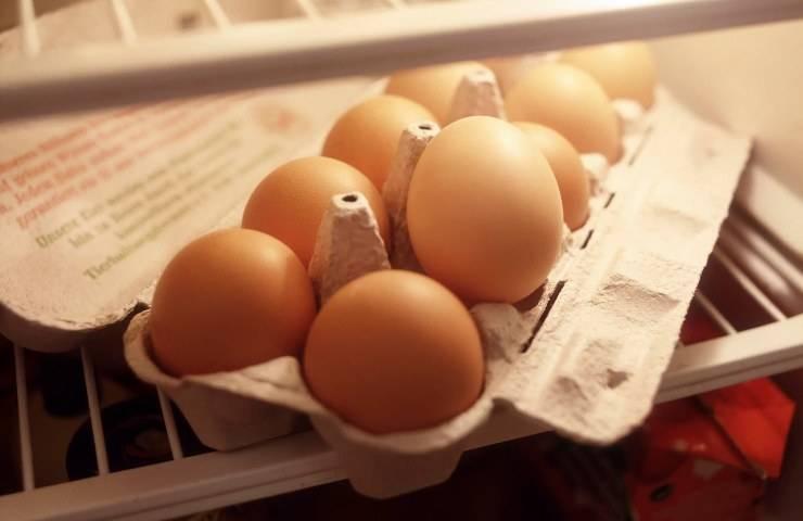 Uova nel frigo