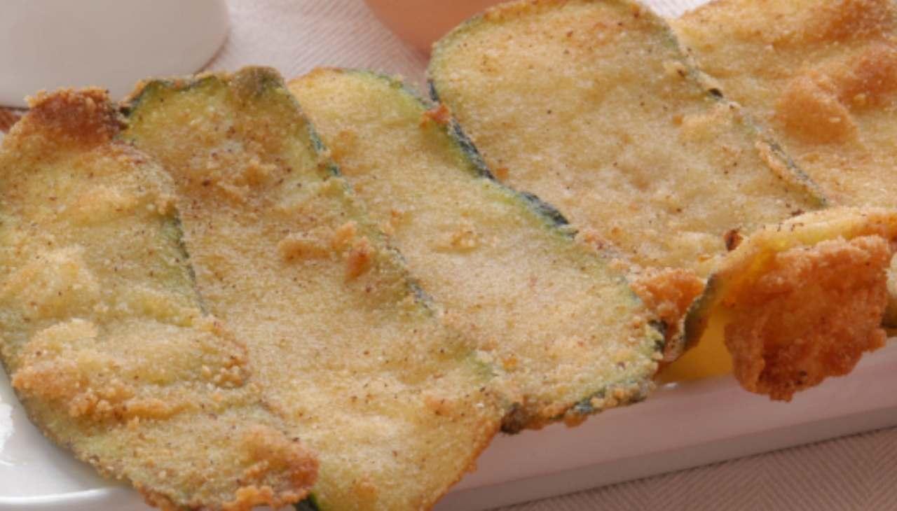 Stuzzichini di verdura impanati e fritti