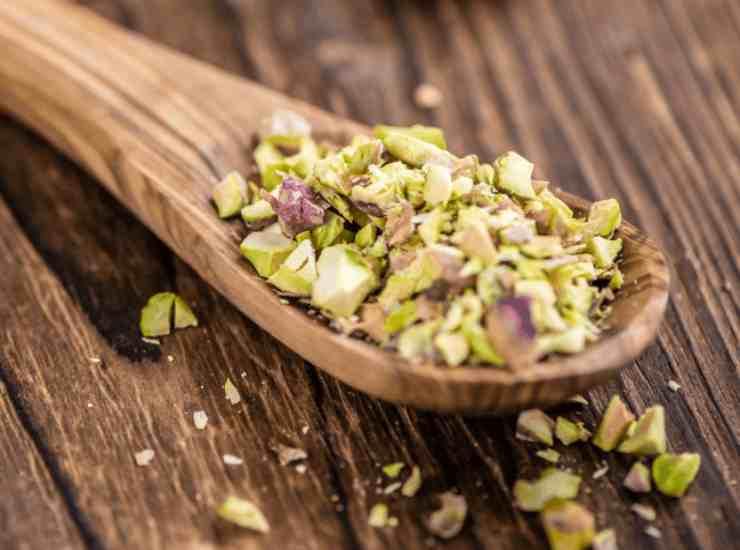 Gelatini al pistacchio e cioccolato bianco ricetta