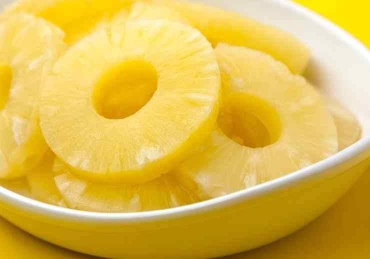 Aperitivo zenzero e ananas ricetta