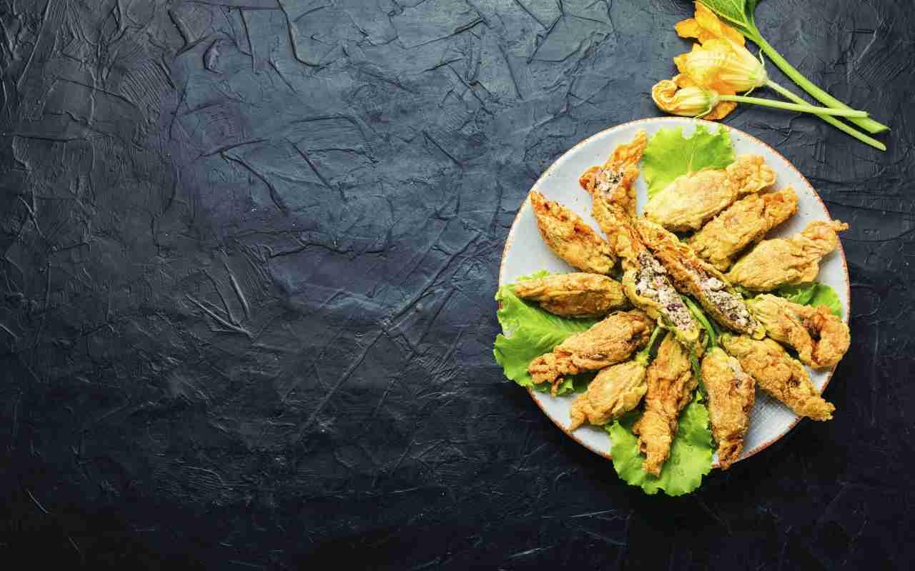 cannoli fiori zucchine ricetta FOTO ricettasprint