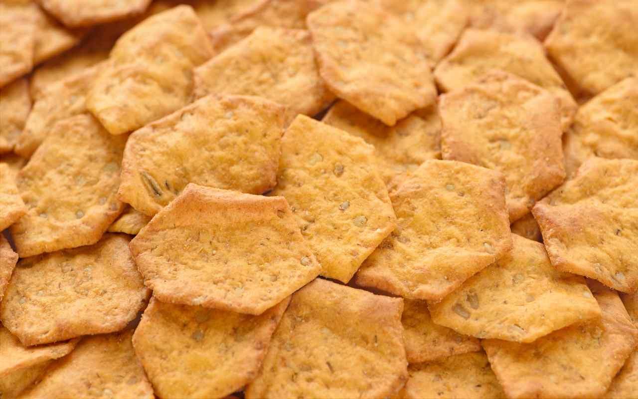 chips farina riso rosmarino FOTO ricettasprint