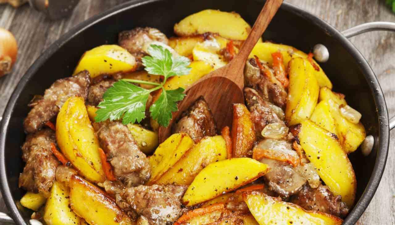 Secondo di carne bianca con patate e cipolle