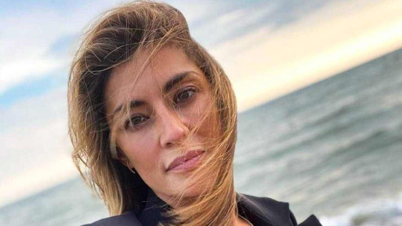 Elisa Isoardi velo di tristezza - RicettaSprint