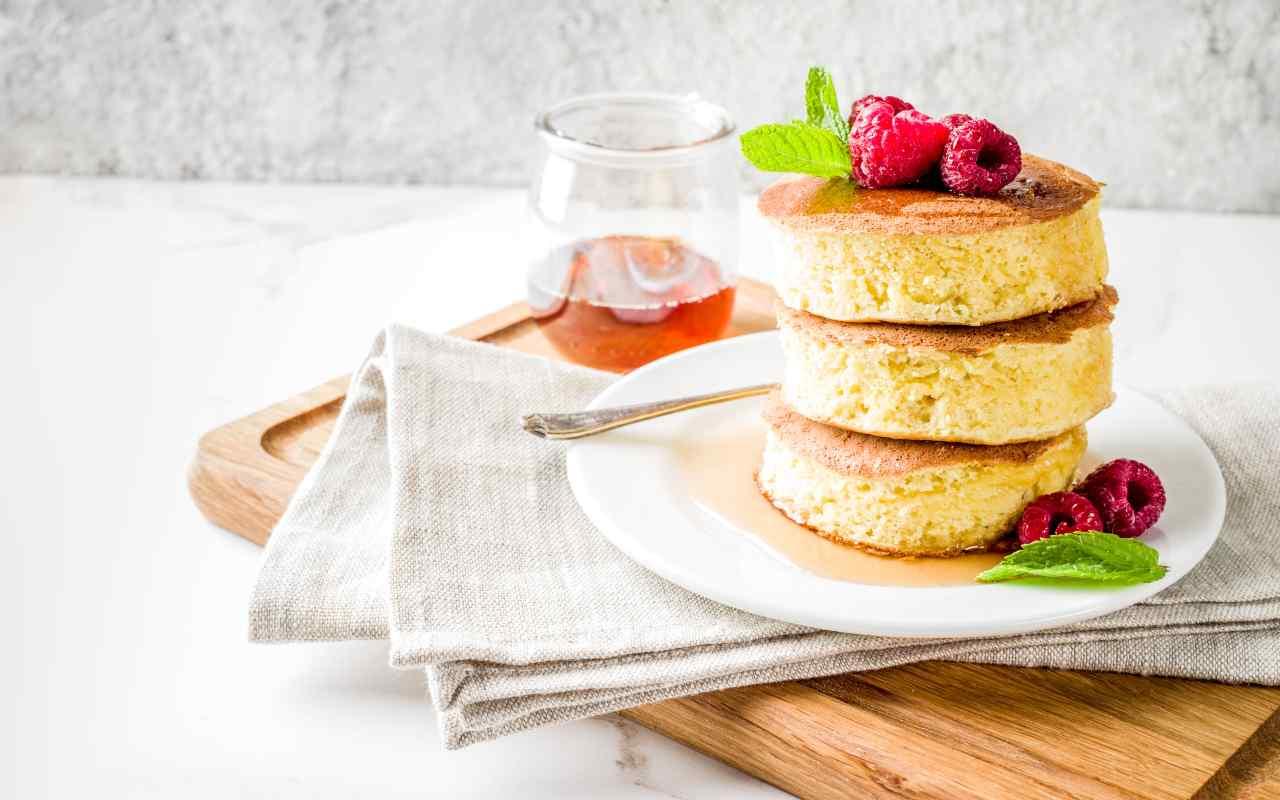 fluffy pancake ricetta FOTO ricettasprint