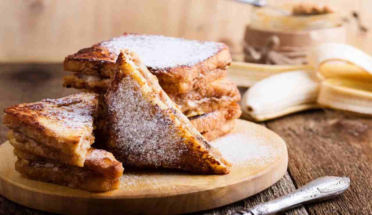French toast banana e burro di arachidi