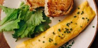 Finger food all'uovo con formaggio ed erbe aromatiche