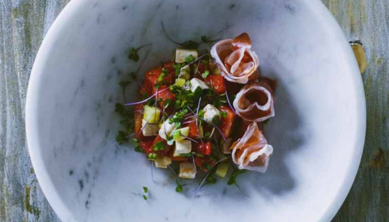 Insalata di frutta e verdura. Ricetta di Sonia Peronaci
