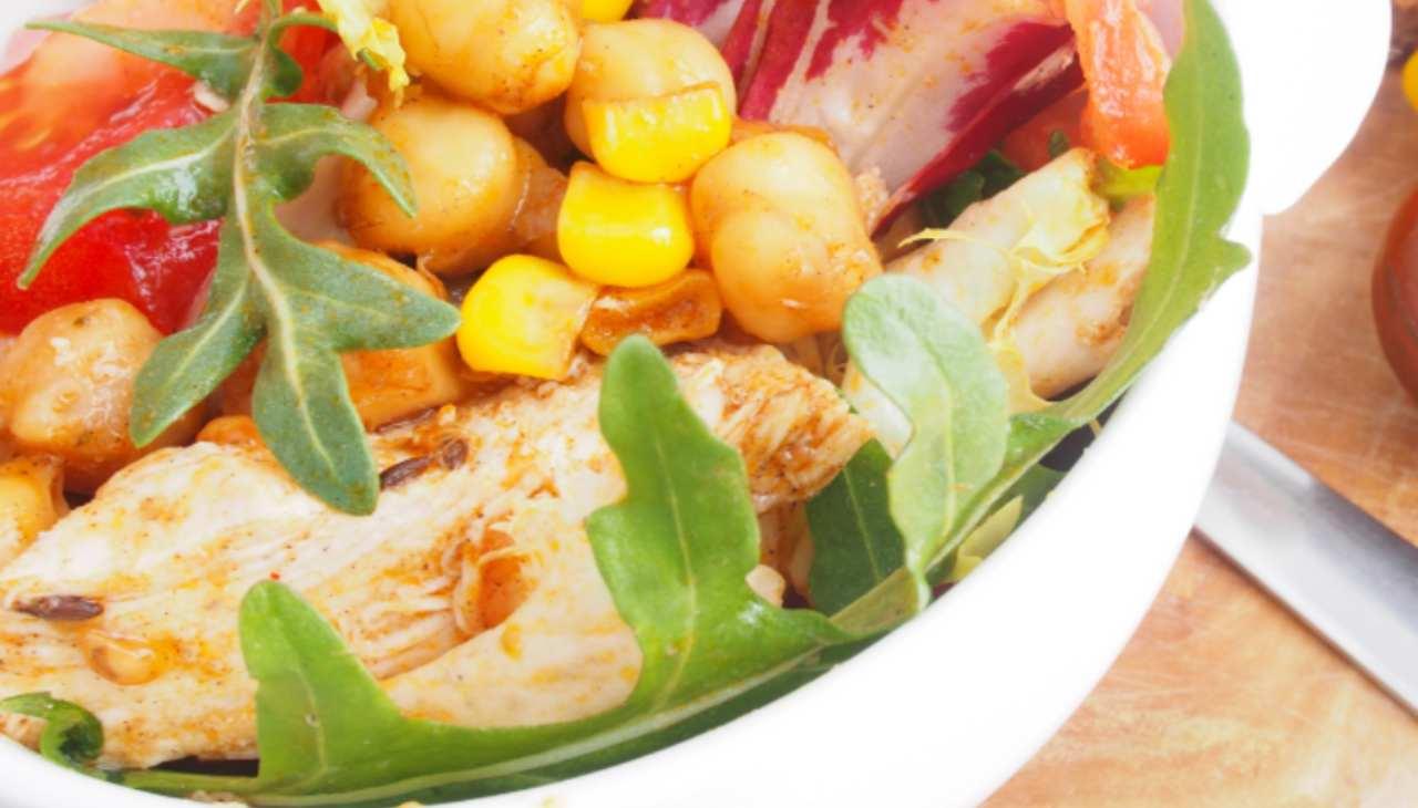 Piatto unico di carne bianca con legumi
