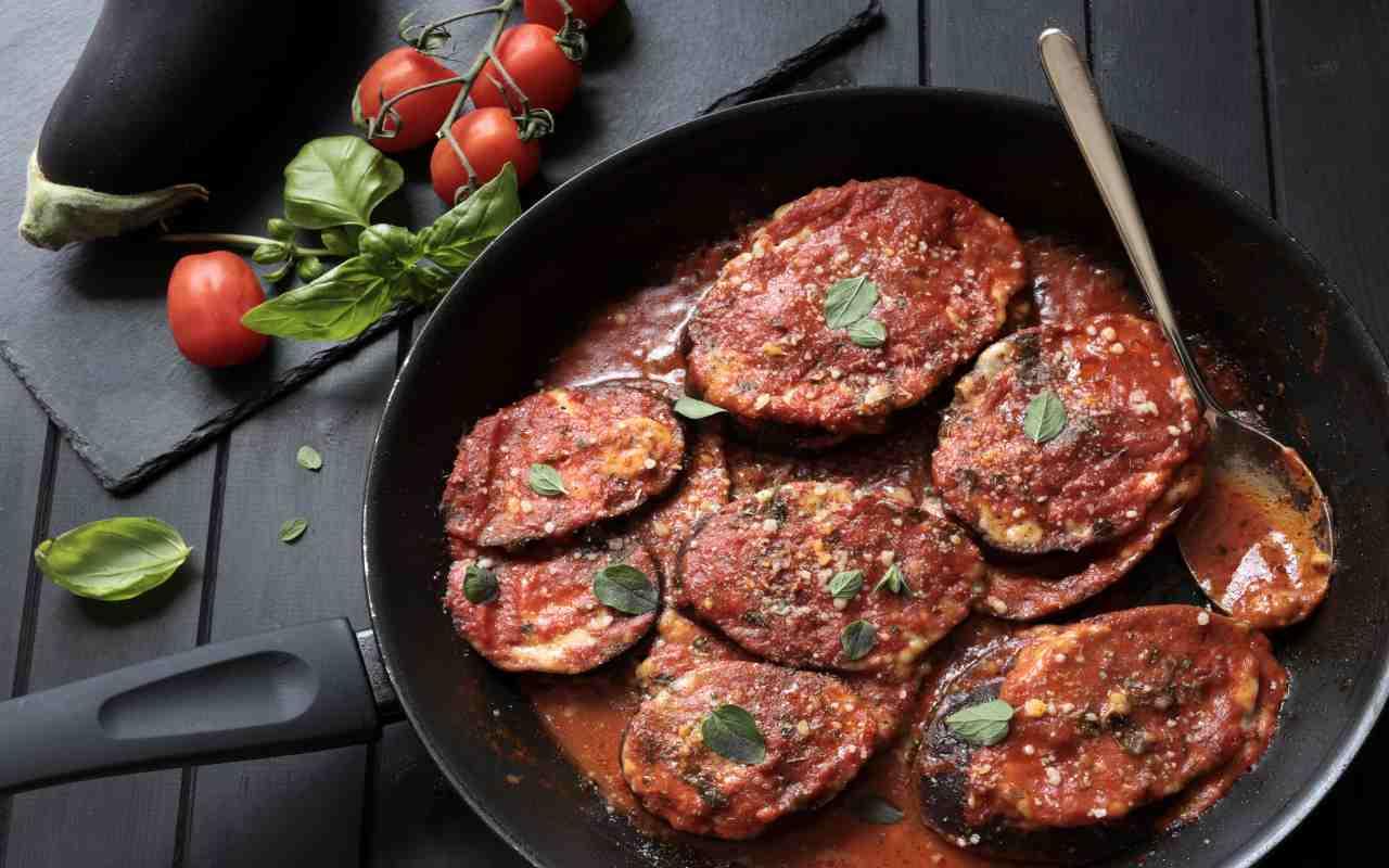 melanzane parmigiana padella ricetta FOTO ricettasprint