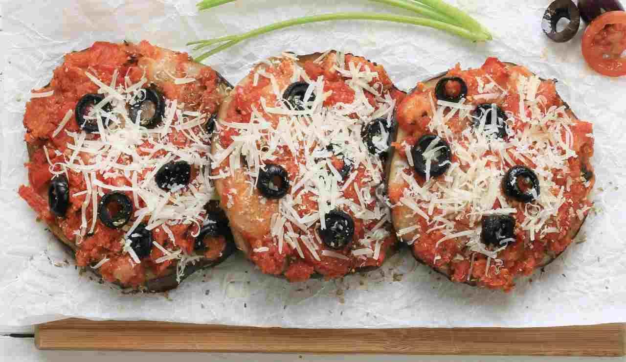 Melanzane gratinate parmigiano e olive nere