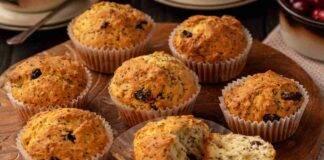 Muffin senza burro ciliegie cioccolato bianco e semi di chia