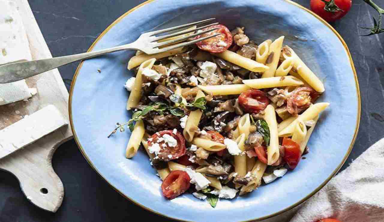 Pasta fredda alla siciliana con ricotta