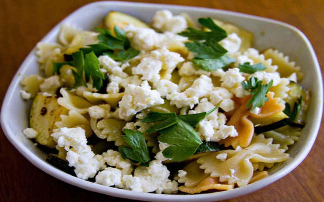 pasta fredda limone feta zucchine ricetta FOTO ricettasprint