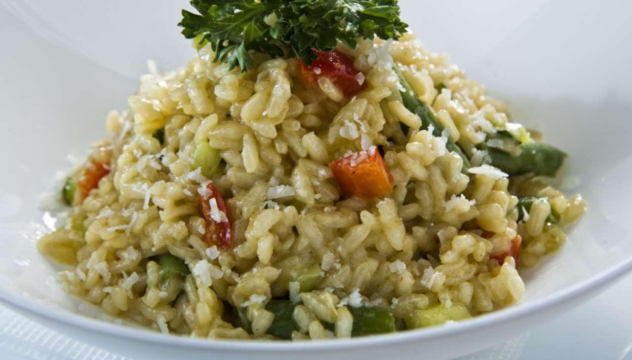 riso con ortaggi e pesto genovese