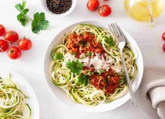 spaghetti pomodori zucchine burrata ricetta FOTO ricettasprint