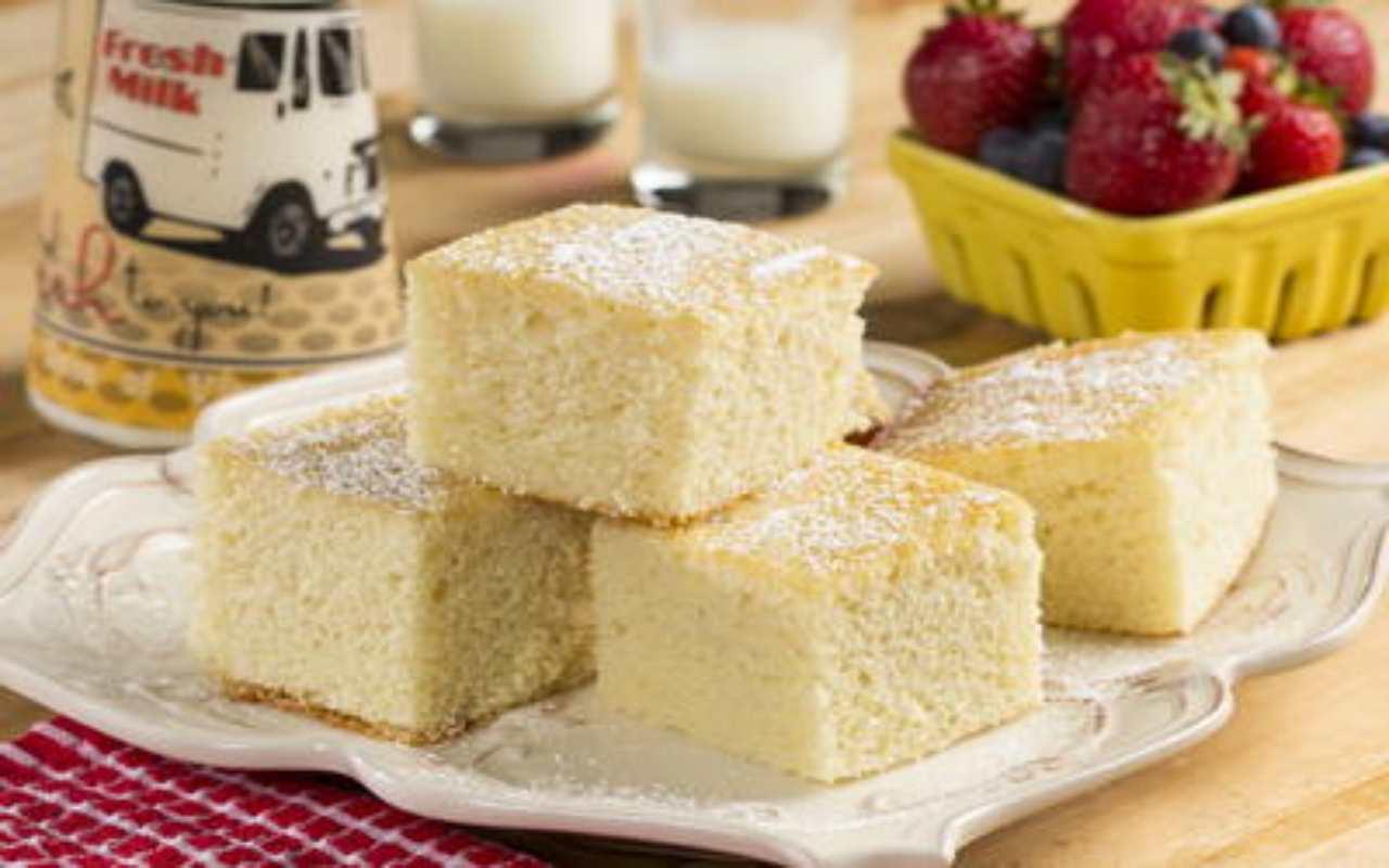 torta latte 1 minuto rcietta FOTO ricettasprint