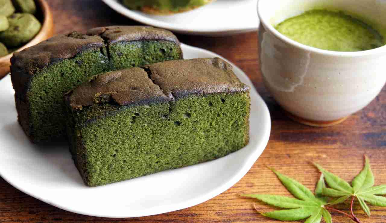 Torta soffice giapponese al pistacchio