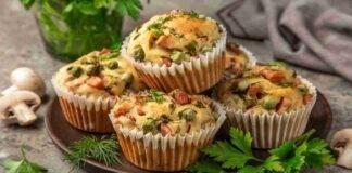 muffin salati con mix di verdure e prosciutto