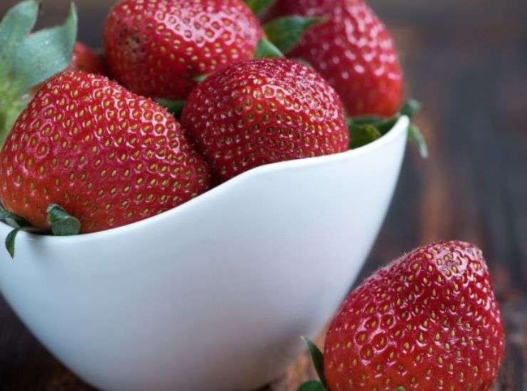 Barrette di frozen yogurt alla frutta ricetta