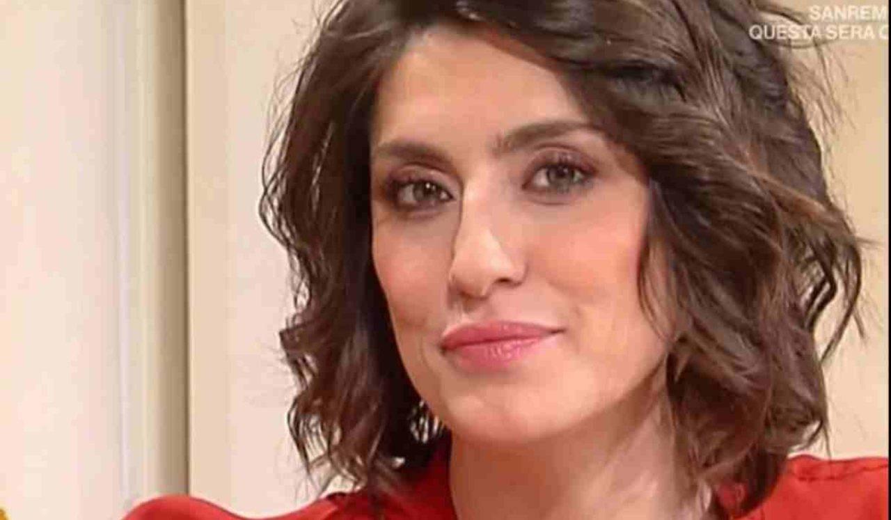Elisa Isoardi cuore spezzato - RicettaSprint