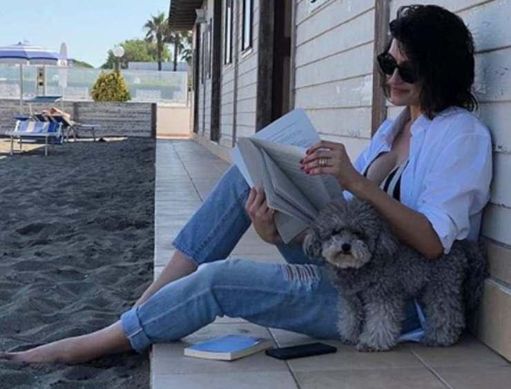 Elisa Isoardi sguardo malinconico - RicettaSprint