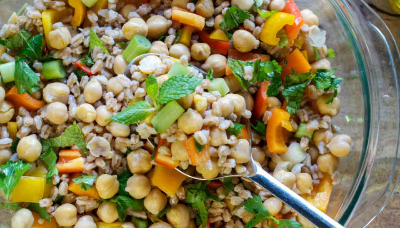 Finger food di cereali, verdure e legumi