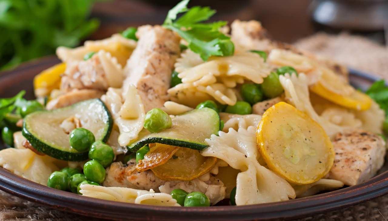 Straccetti di carne bianca con verdure