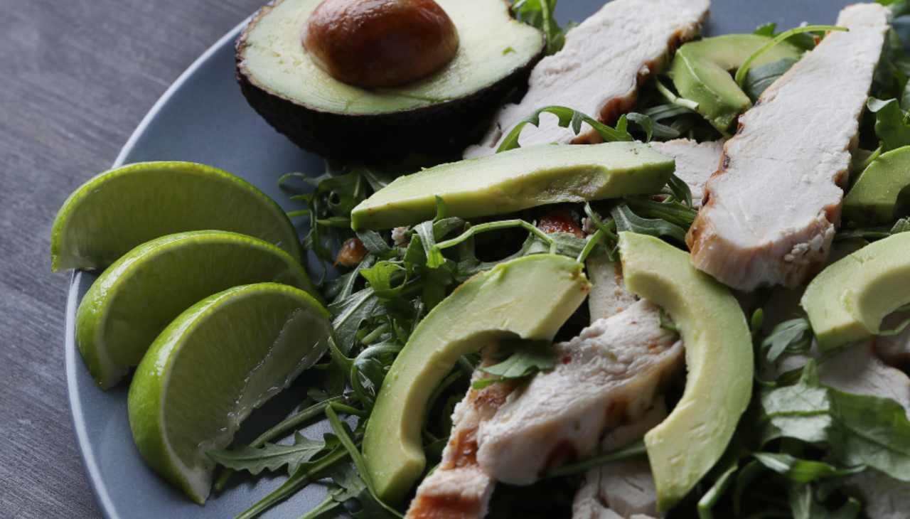 Piatto unico di carne bianca con verdure