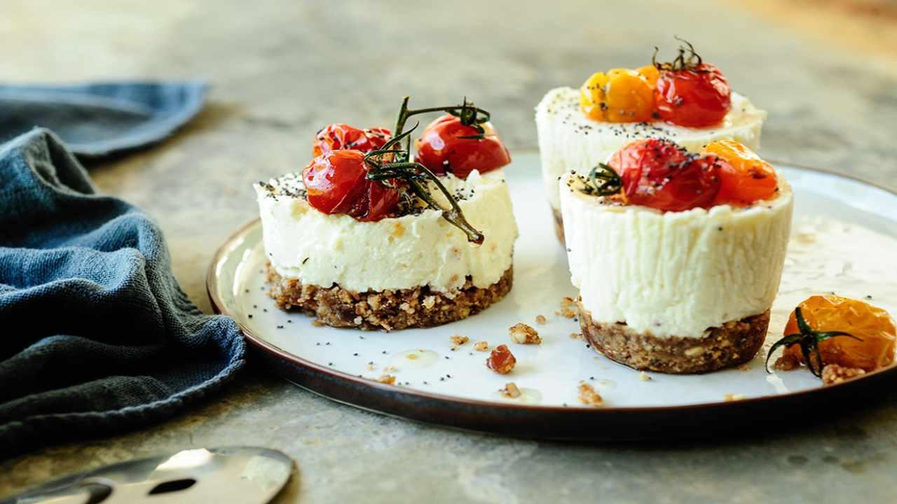 mini cheesecake caprese ricetta FOTO ricettasprint