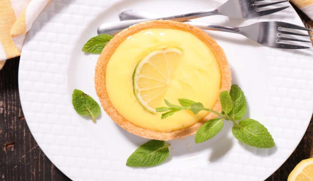 Mini crostatine al limone e cocco