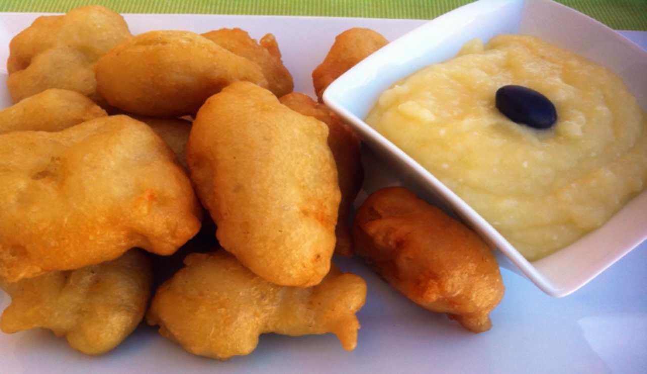 Nuvolette di patate con zucchine salame e cheddar