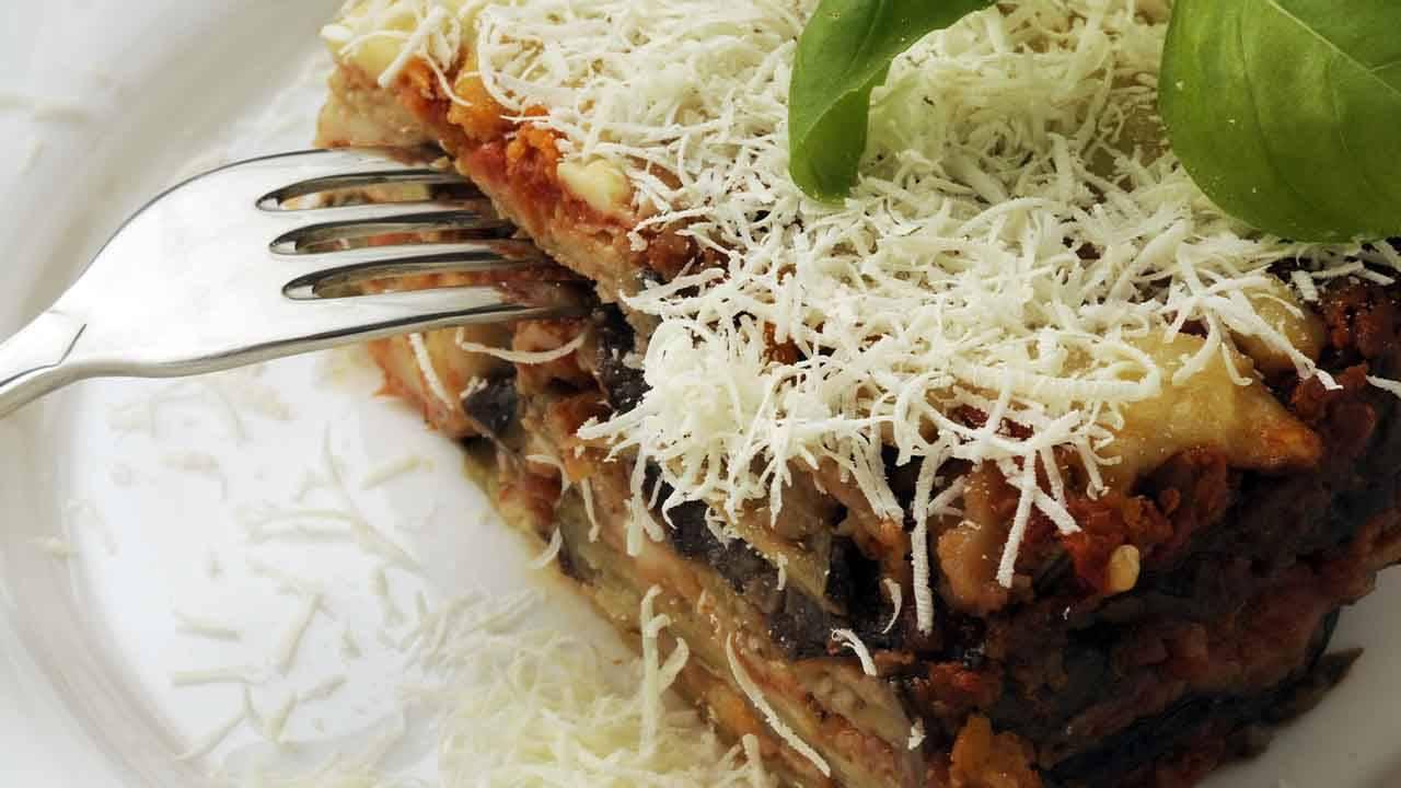 Melanzane alla parmigiana a crudo