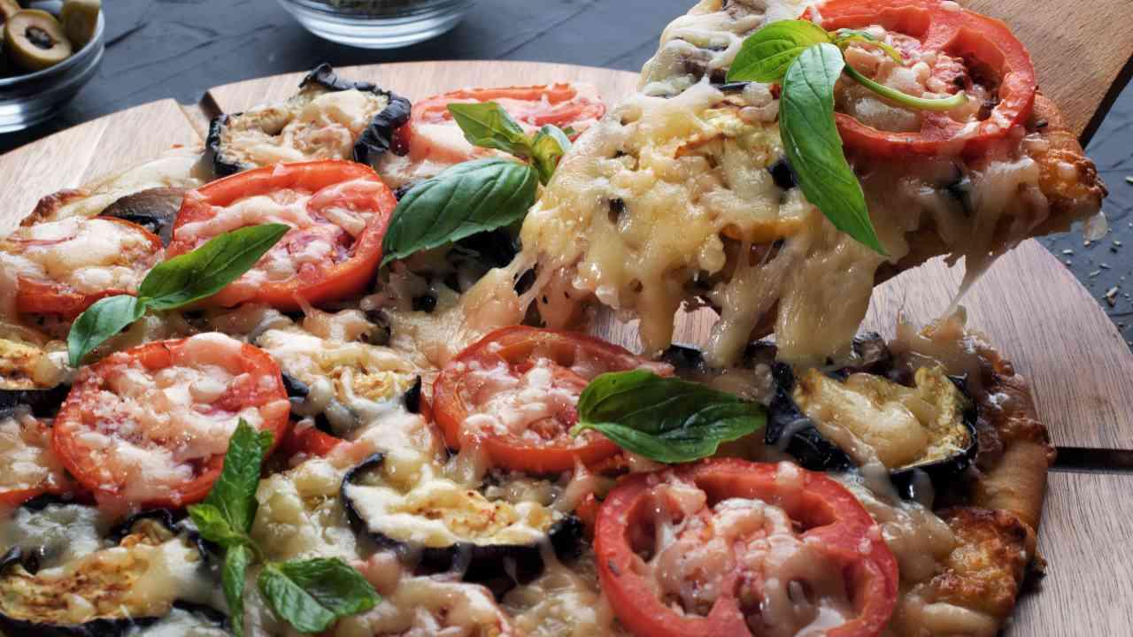 Pizza con melanzane