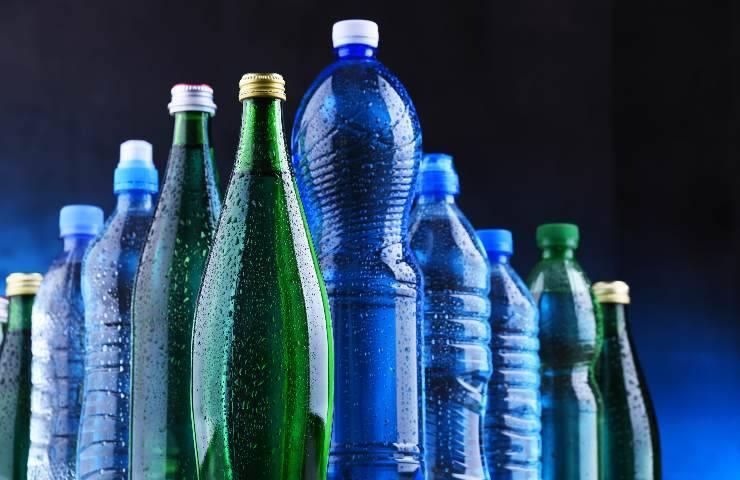 Richiamo dal mercato per acqua minerale contaminata