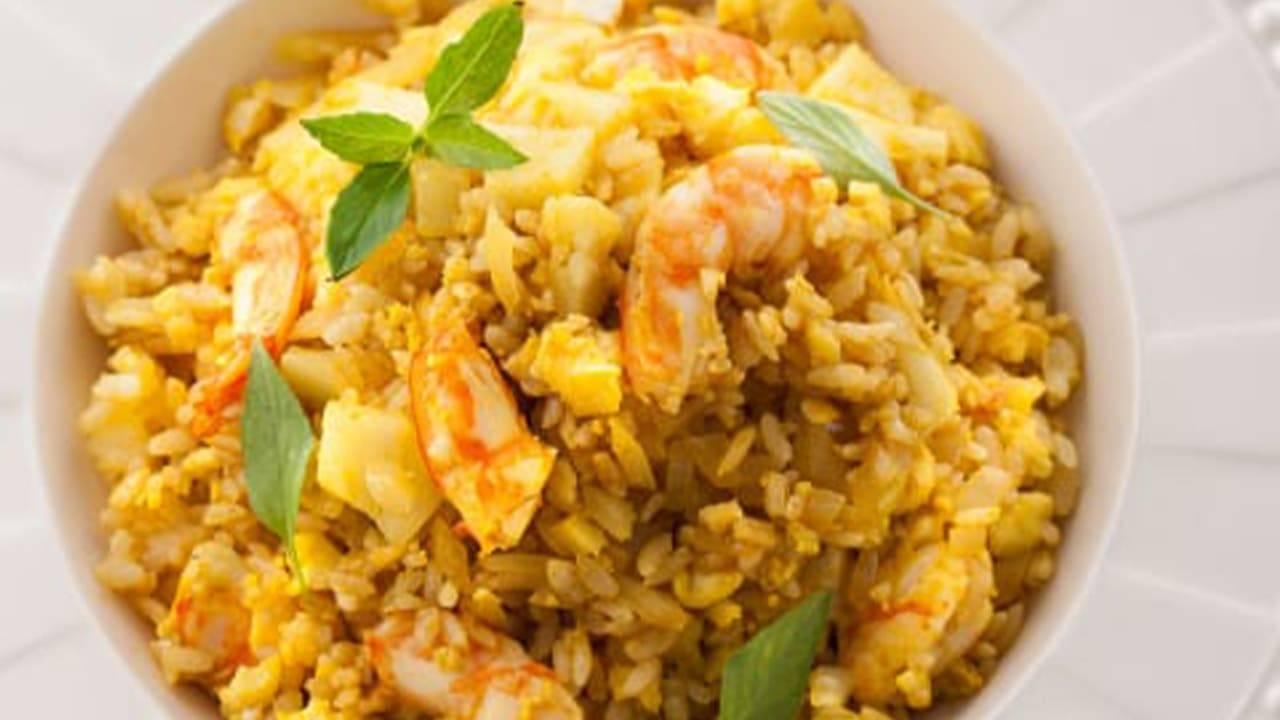 curry e gamberi con riso