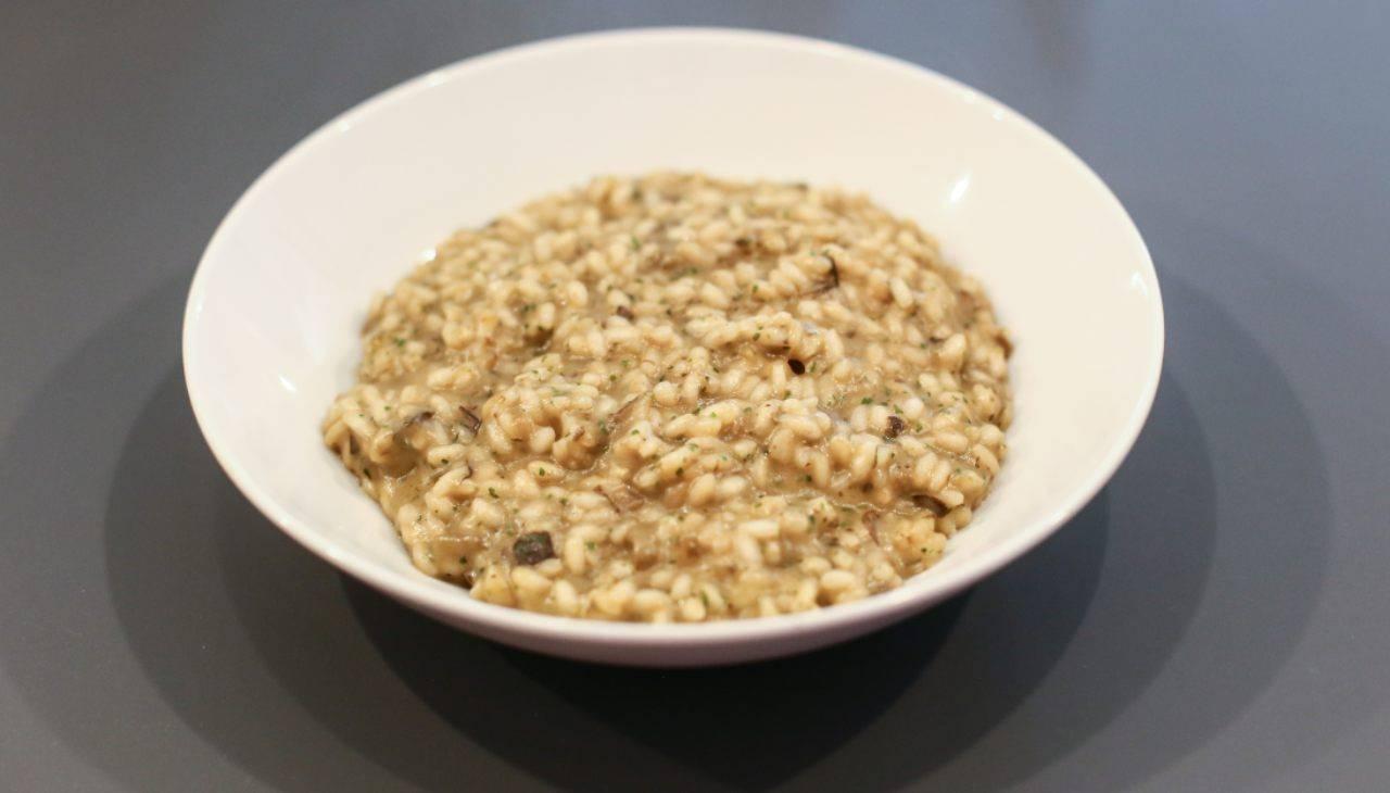 Primo di riso cremoso con verdura e ormaggio
