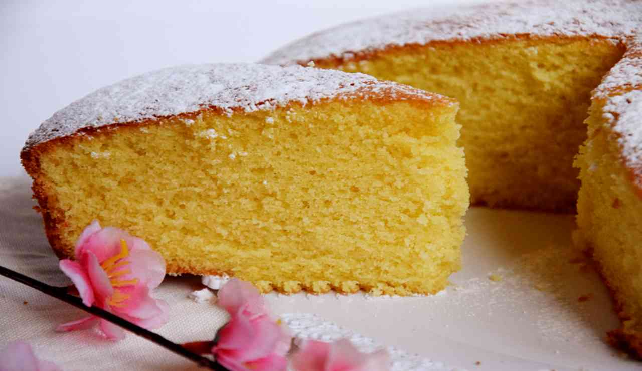 Torta morbida furba al limone