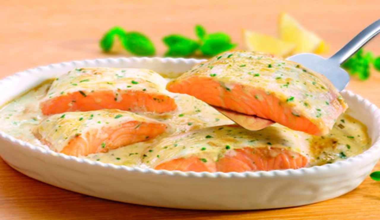 Tranci di salmone cremoso al lime