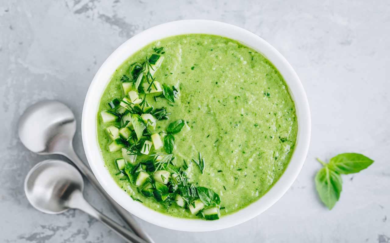 zuppa piselli zucchine ricetta FOTO ricettasprint