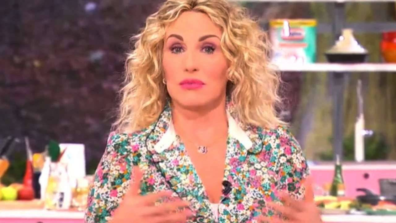 Antonella Clerici stavo cadendo - RicettaSprint