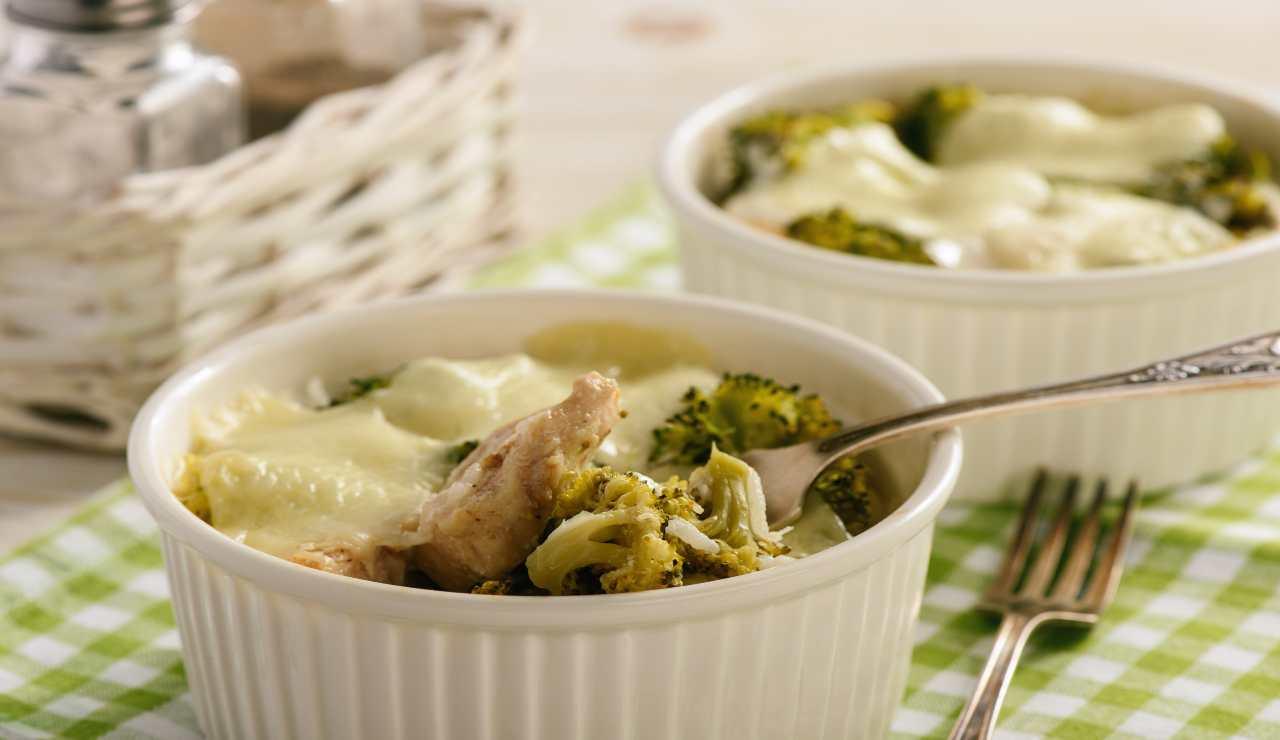 Bocconcini di tacchino con broccoli gratinati